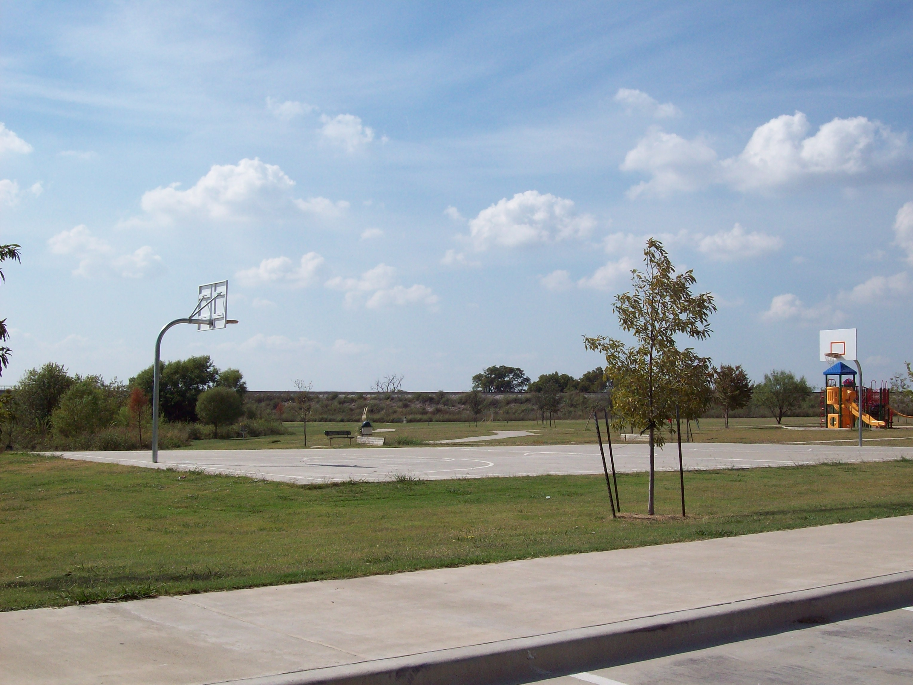 Haslet park basketball court
