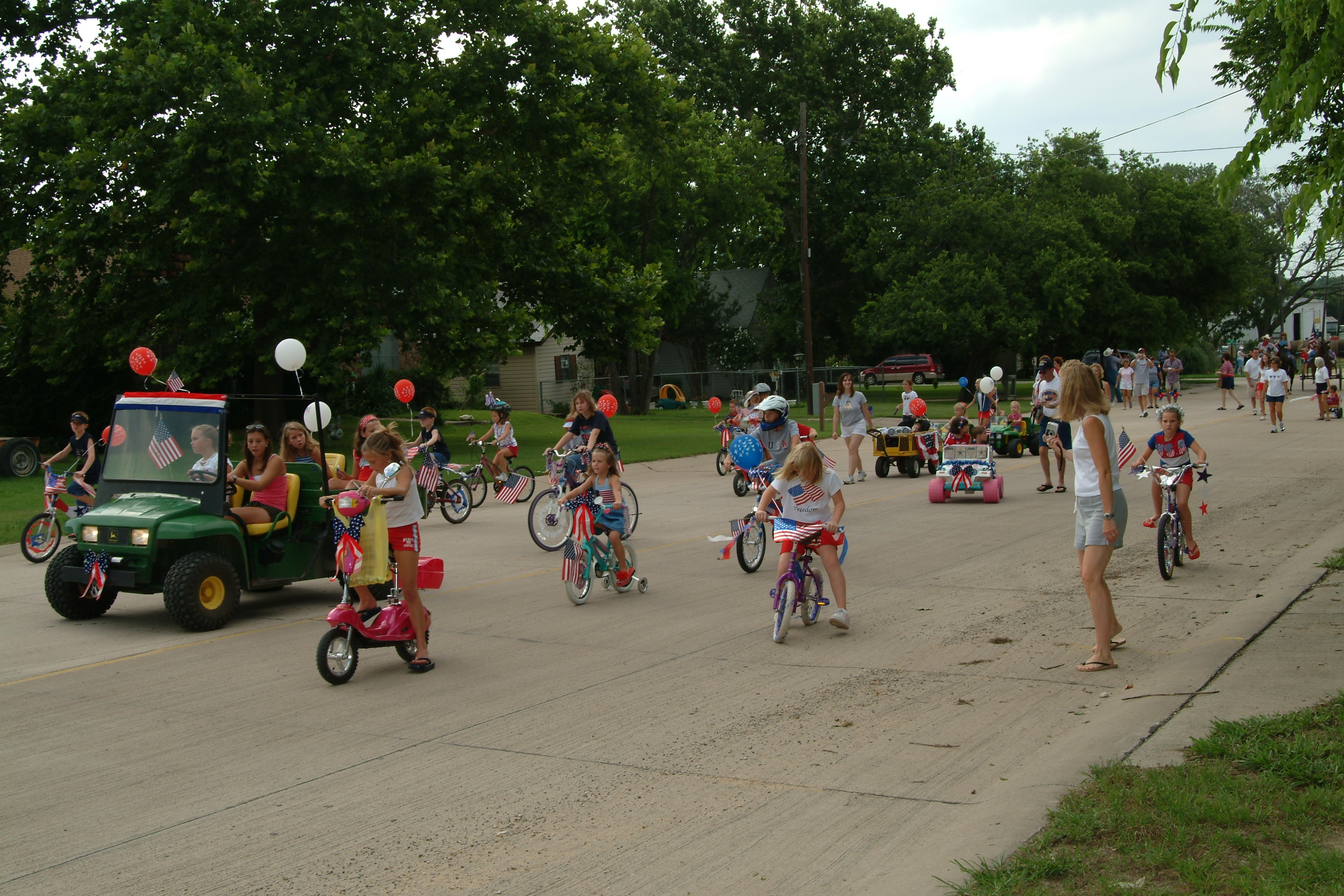 kids-4th July parade